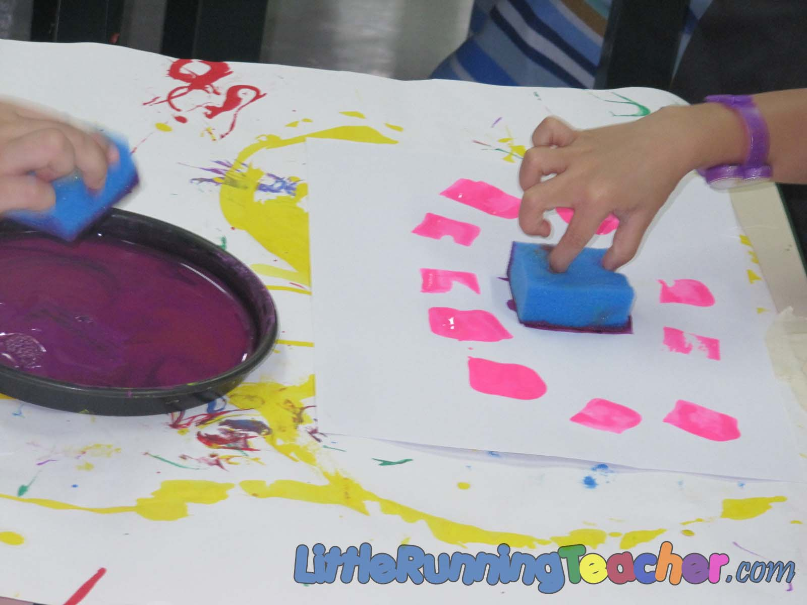 sponge painting little running teacher