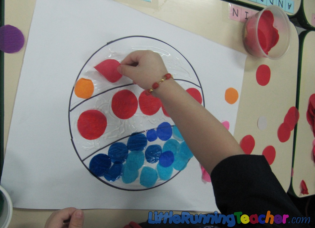 Circle Pasting Pictures Little Running Teacher